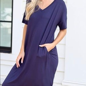 "NEW! ""Anna"" V-Neck Midi Dress in Navy.  Small"